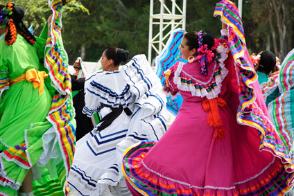 Folklorico Mexican Dancing Cult